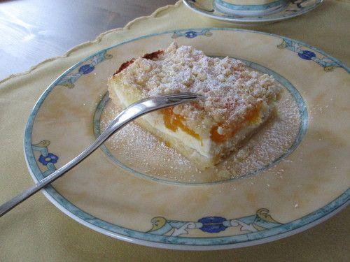 Schneller Quark-Streuselkuchen mit Obst