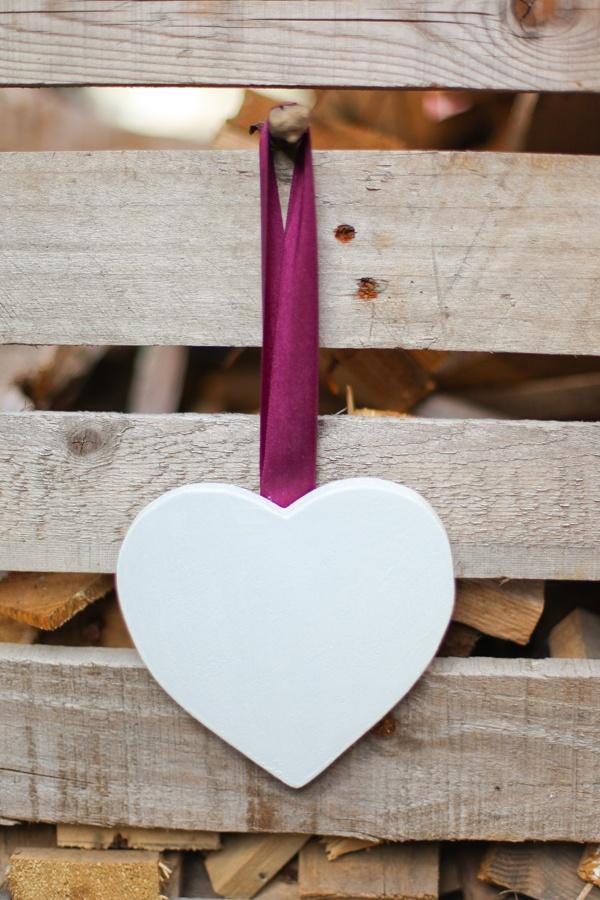 Inima decorativa de ribbonline Breslo