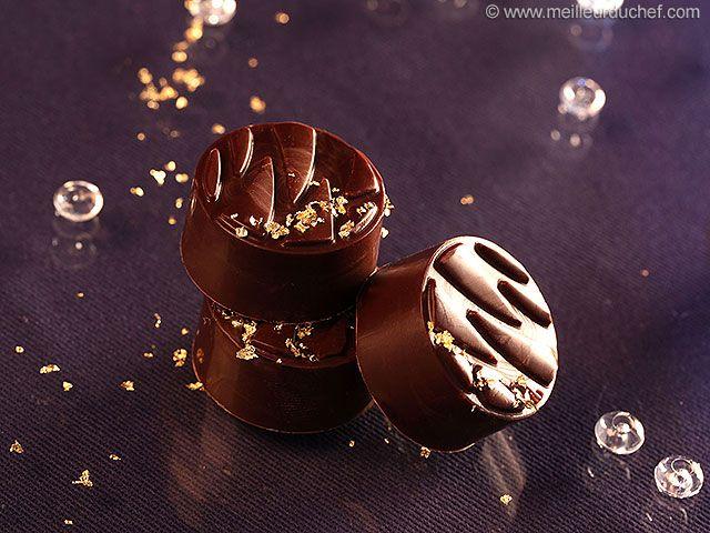 Chocolat fourré au chocolat au lait caramel biscuité - Meilleur du Chef