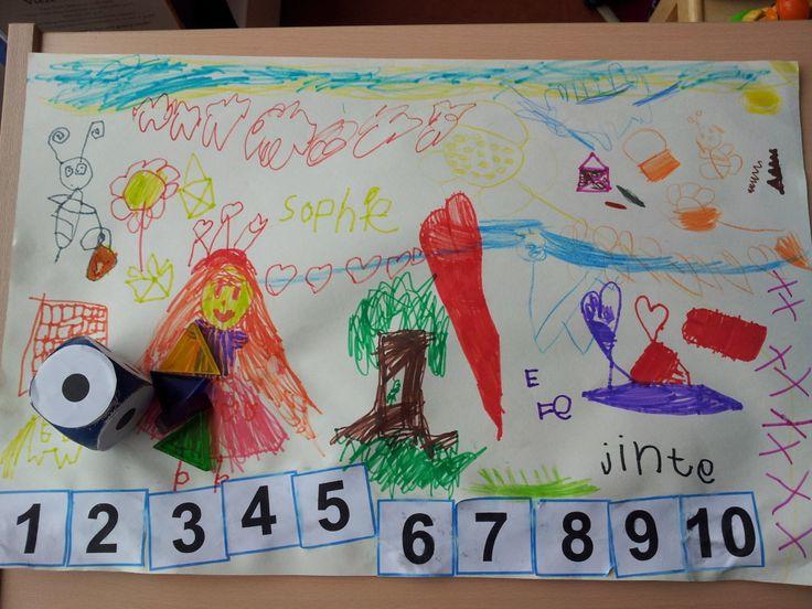 * Cijferrace: De kinderen vinden het leuk en willen het steeds weer opnieuw spelen. Ze oefenen op deze manier in een hele korte tijd spelenderwijs enorm vaak de positie van de cijfers in de getallenrij.