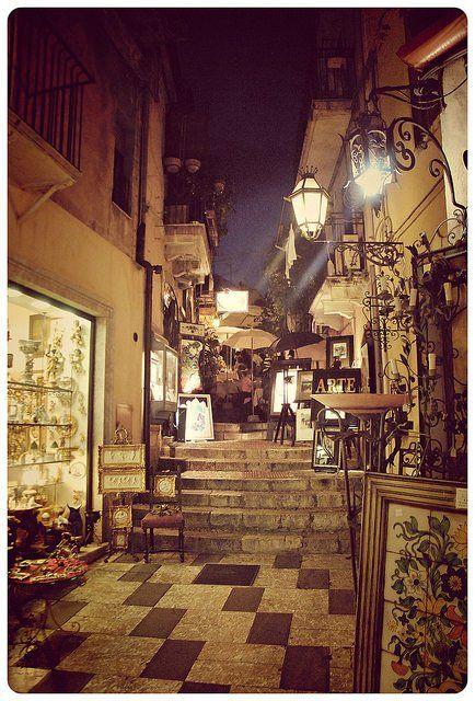 Vita notturna a Taormina
