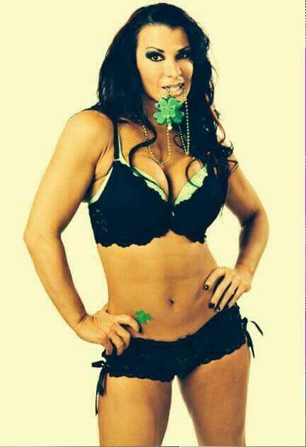 WWE Diva Victoria Lisa Marie Varon