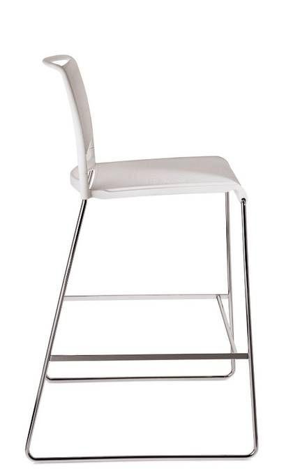 Aline - skid-base chair - 230
