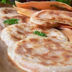 「餃子の皮」で作る、もっちりハムチーズサンド