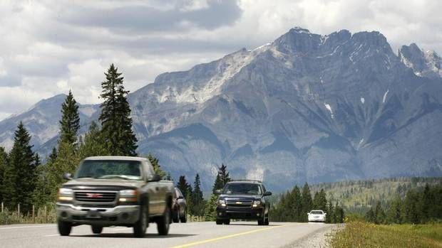 How to plan the perfect cross-Canada road trip. Keys to family travel sanity? Engage all family members in trip planning, choose some great audiobooks, and plan to stop for ice cream every day.