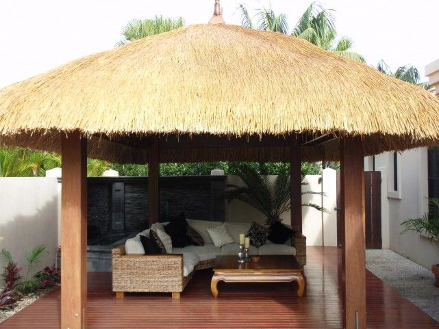 Island Thatch Gallery :: Island Thatch are Manufaturers of Bali Hut Kits, Balinese Gazebos, African Huts and Roofing Thatch Products