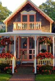 Wonderful prefab victorian cottages from tiny house for Tiny victorian house plans
