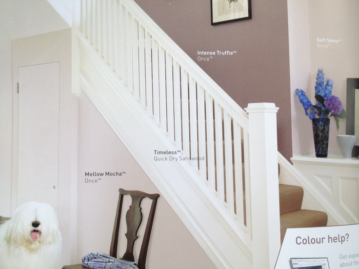 Hallway colours