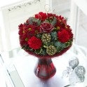 Christmas perfect flower gift with vase. Send flowers online