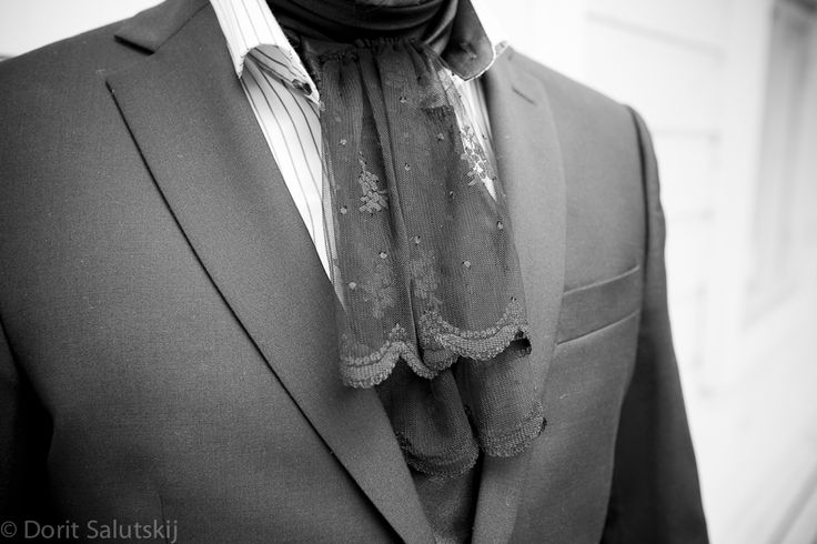 Lace tie for groom | gTIE Neckwear & Accessories | for those who love dresses, photo: Dorit Salutskij