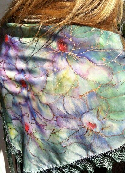 Mantocillo de seda natural pintado a mano de TeoShd