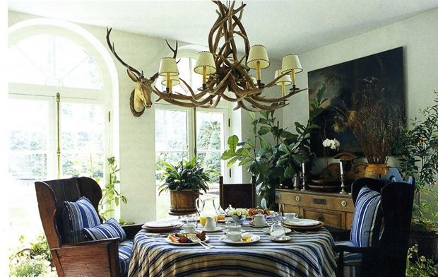Blue striped fabrics in the breakfast room: Breakfast Rooms, Dining Rooms, Birthday, Bees Inspiration, Style, Willow Bees, Ralph Lauren Houses, Antlers, Dreams Dining