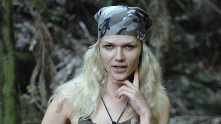 DSCHUNGELCAMP 2015: TAG 10 ZUM NACHLÄSTERN Sara Kulka ist raus! Und Rebecca versagte in ihrer ersten Dschungelprüfung