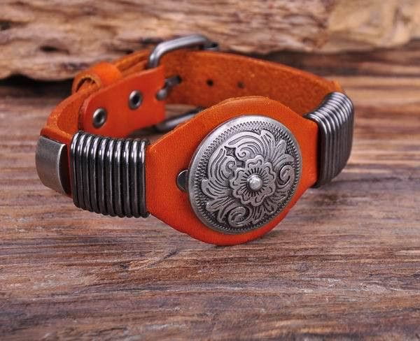 "- Material: Genuine Leather - Length: 6.5"" - 8.25"" Adjustable - Metal: Copper Alloy - Clasp Type: Easy-Hook"