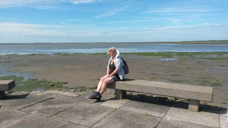 https://flic.kr/p/J3kPAE | Sitting and look the sea on Schiermonnikoog