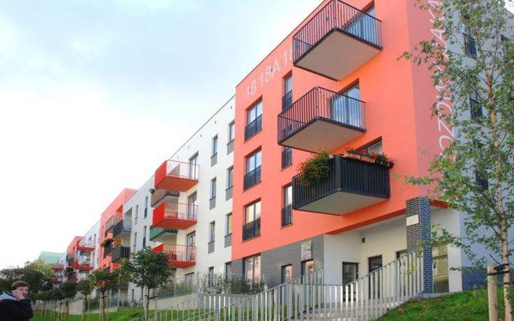 Projekt osiedla mieszkalnego wielorodzinnego zrealizowany w wyniku zwycięstwa w konkursie architektonicznym Szczecińskiego TBS w 2006 roku. Wykonaliśmy pełen zakres prac i...
