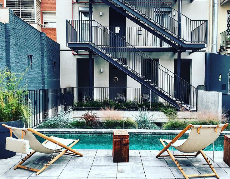 #48hopenhousebcn #hotel #brummell #poblesec #vintage #igers #instabcn #montjuich #bcn #barcelona #pool #instagramers #picoftheday #green #igdaily #home #room #new #modern