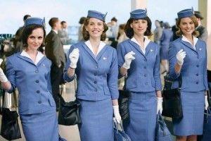 Flight Attendants Group Costume Idea #Group Halloween Costume Ideas for Women #Halloween #Costumes #Women