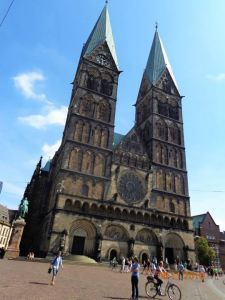 Bremen Cathedral in #CityCenter - #Germany #TravelPhoto