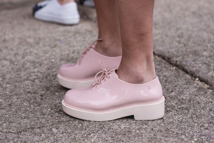 plastic oxford / Street style #SPFW: pézinhos fashionistas - Garotas Estúpidas - Garotas Estúpidas