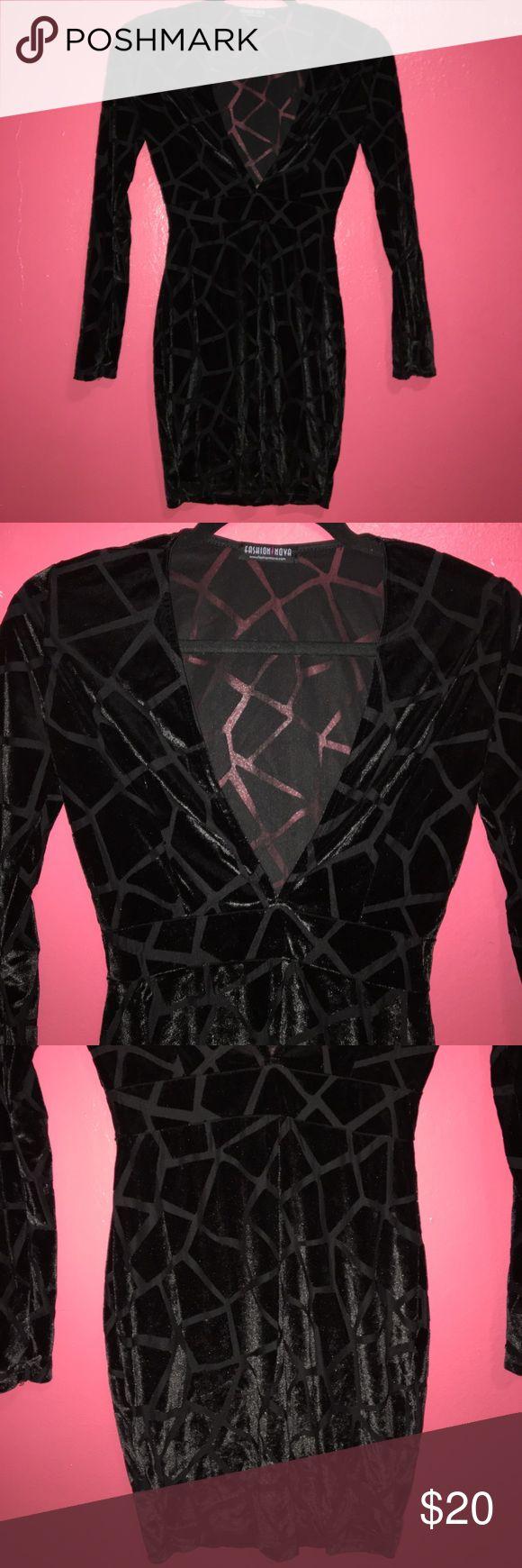 Fashion Nova Velvet Dress Fashion Nova deep v-cut velvet shatter patterned bodycon dress. Size small. Only worn once for about an hour. Still in perfect condition. Black. Fashion Nova Dresses