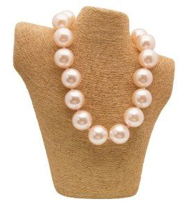 """This is a """"Hot Girls Pearls"""" necklace with non-toxic cooling awesomeness inside to keep you cool as a cucumber! What a genius idea!"""