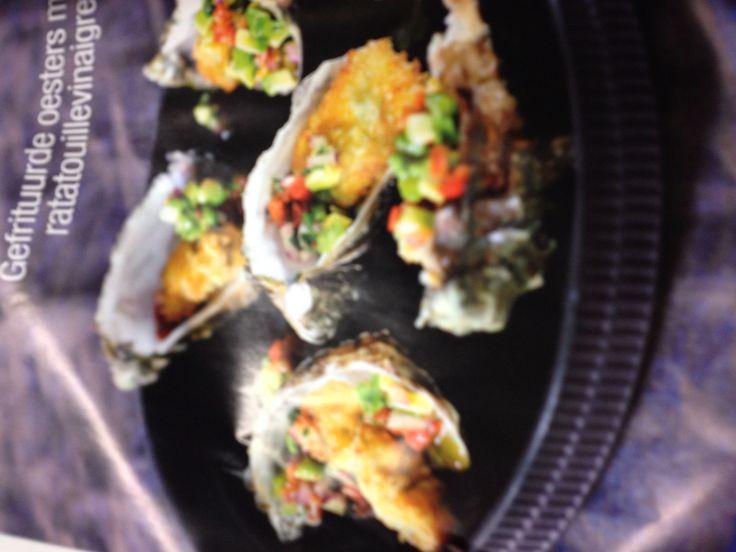 Hapje gefrituurde oester