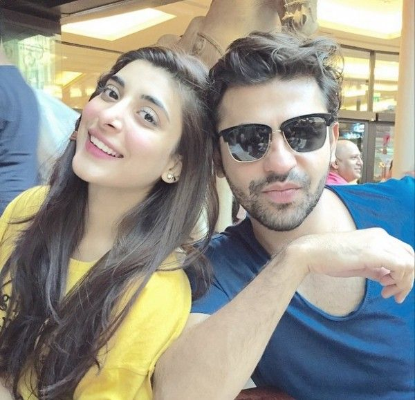 Pakistani Celebrities Mawra and Urwa Chilling Out In Dubai Place