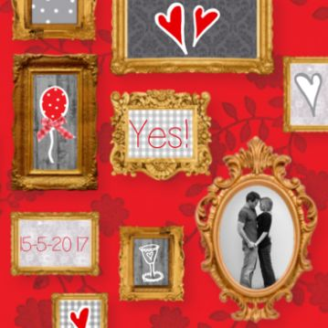 Trouwkaart gouden lijsten op rode achtergrond #trouwkaartje #huwelijkskaart #fotolijst #goud #foto #hartjes #rood