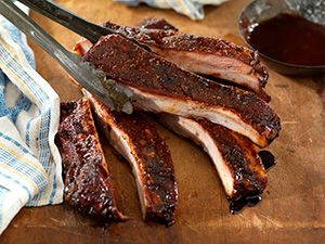 BBQ Pitmasters Tips on how to Make Perfect BBQ Pork Ribs | Grilling with Rich