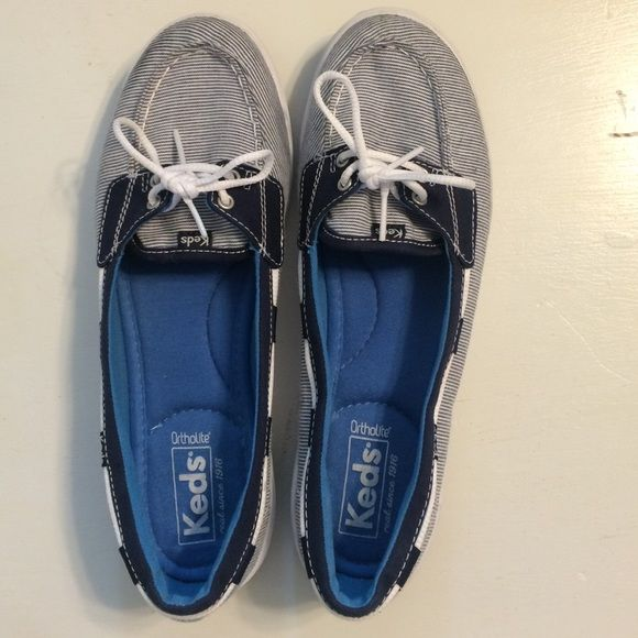 Cute Keds Women's Boat Shoe Only worn a few times they are a half size too small for me, but the inside of the shoes is literally like walking on a cloud...INCREDIBLE! Needs a new home! keds Shoes Flats & Loafers