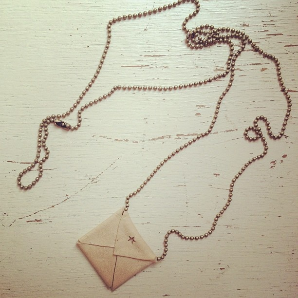 New necklage Tus by Jee Bags