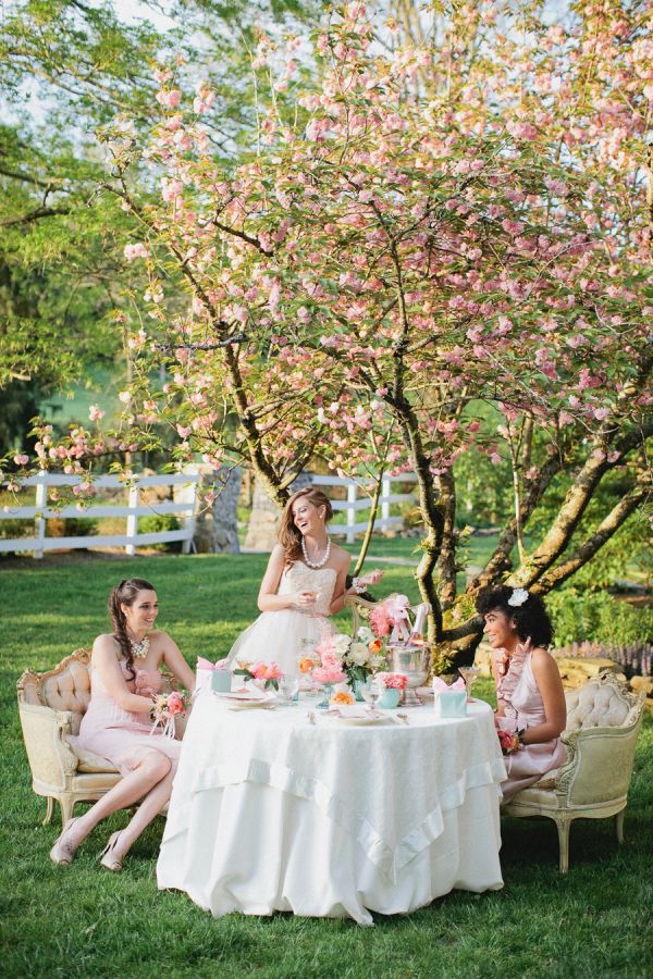 bridesmaids outdoor tea party