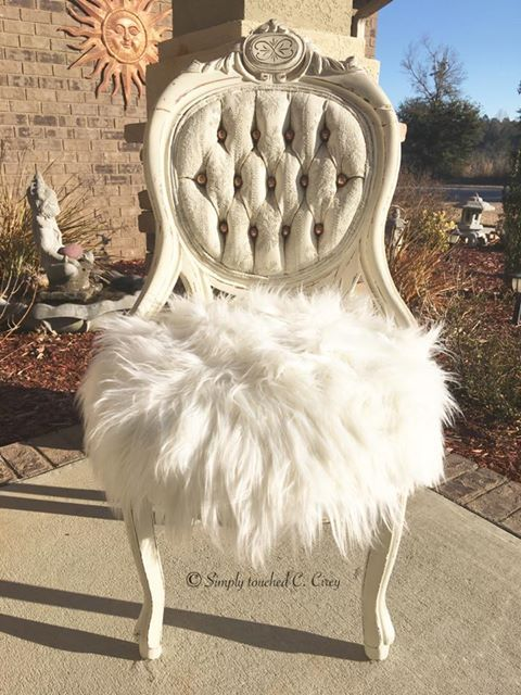 Chair painted in Dixie Belle Paints Buttercream. By: Claudia Cirey of Simply Touched C.Cirey #dixiebellepaint #bestpaintonplanetearth #easypeasypaint