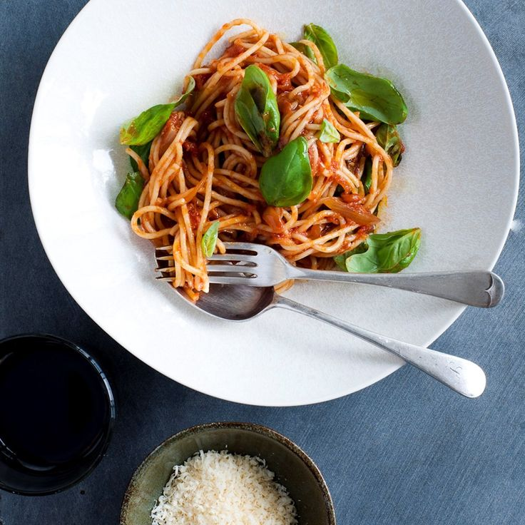 Easy simple spaghetti in a rich tasty tomato sauce is one of my favourite meals - perfect with a glass of wine for a relaxed night in.