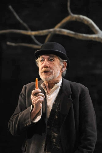 Ian McKellen in WAITING FOR GODOT. Wish I could have seen him and Patrick Steward in this :(