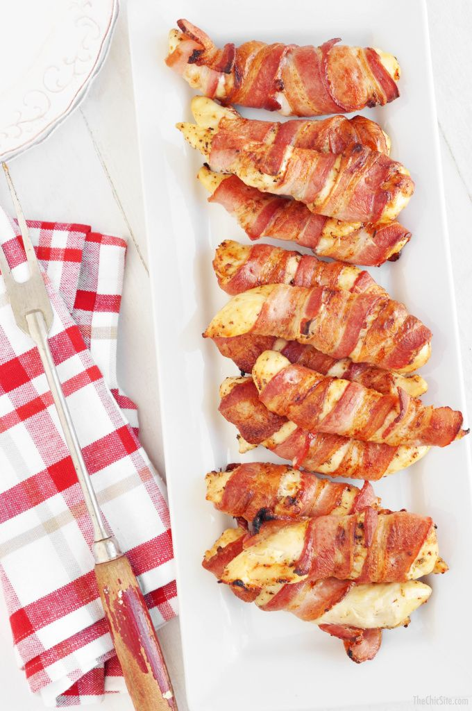 Bacon wrapped chicken - baked in the oven
