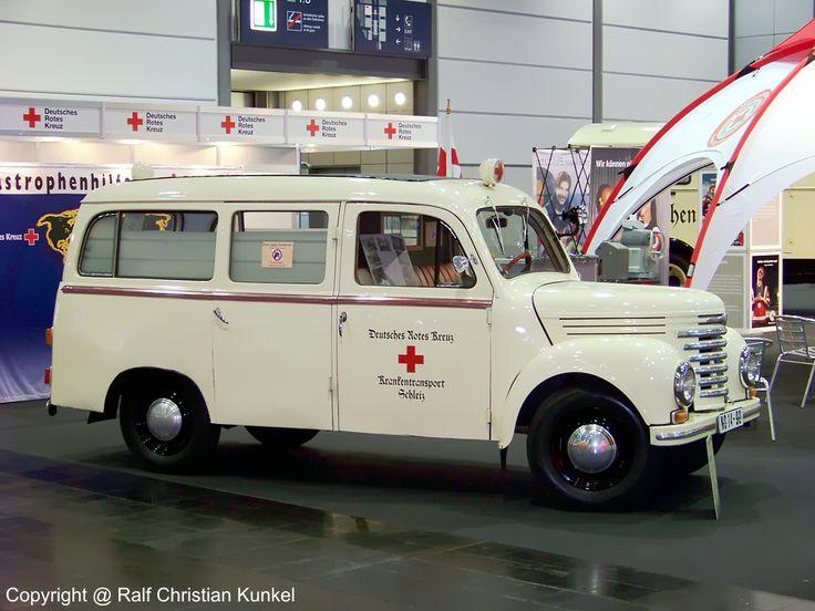 ddr barkas   Barkas V 901/2 KTW - Krankentransportwagen des Deutschen Roten Kreuzes ...
