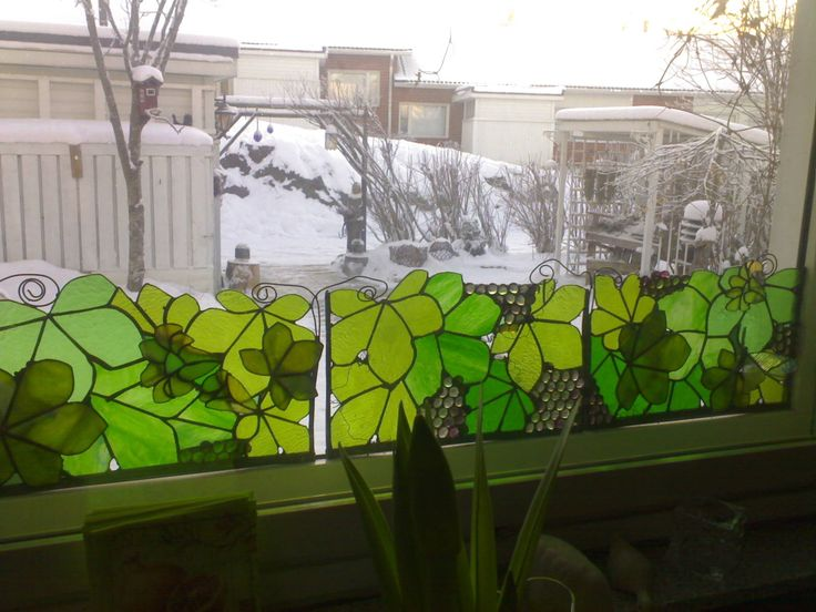 Window decoration made by glass