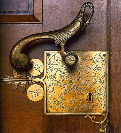 Door handle by Franz von Stuckon the entrance to the Council Room at the Bremen City Hall, Germany.        I'd love to have these at my place. GORGEOUS DESIGN!!!
