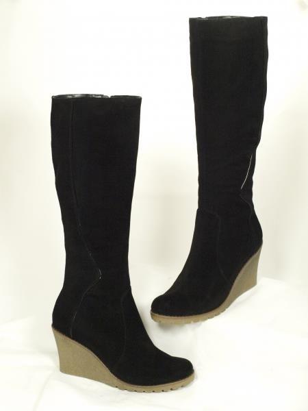 Зимние черные замшевые ботинки на платформе женские