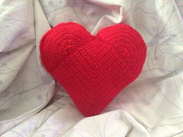 Crochet Heart Pillow.. | Crochet/Knit/Needlework | Pinterest
