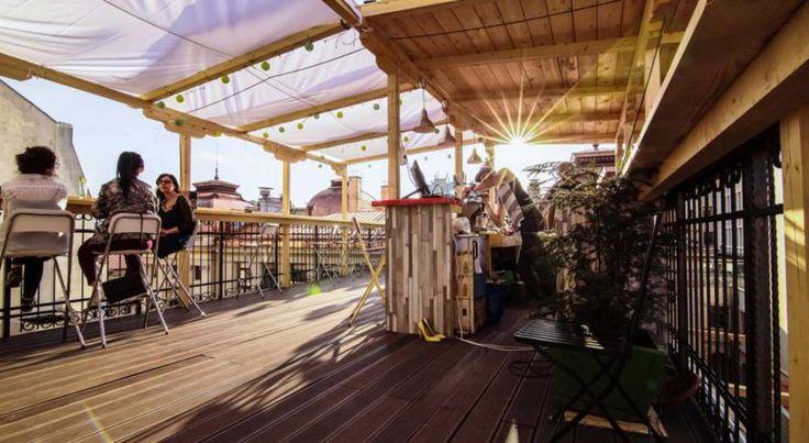 Bucarest en Roumanie : le Pura Vida Sky Bar & Hostel
