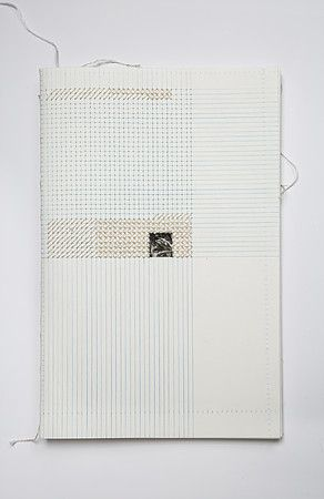 Dominique Schwarzhaupt | drawing and cross stitch. embroidery on paper. Encuadernado