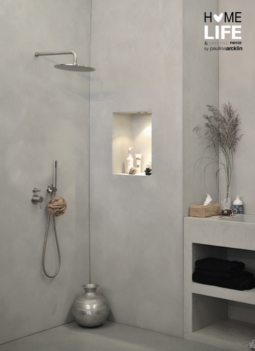 Concrete wall-in shower | Woonbeurs Amsterdam 2011 © Paulina Arcklin #interior #home #bathroom #grey