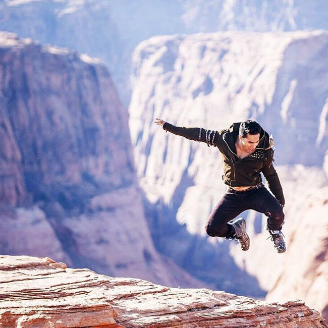 Varun Dhawan leaping from the Grand Canyon while shooting for ABCD 2. #Bollywood…