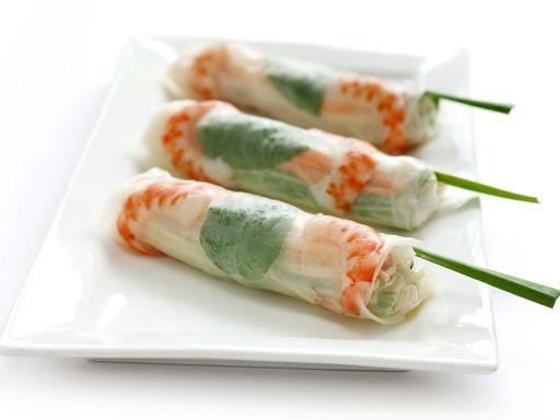 Rouleaux de printemps aux crevettes : Recette de Rouleaux de printemps aux crevettes - Marmiton