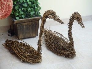 18 May 2014: Basket-making and Willow Sculptures Workshop at Highway Farm, Bridport. The course looks at traditional and contemporary uses of willow. Suitable for both beginners and improvers. Andy will bring some of his own baskets and willow sculpture designs to inspire you.