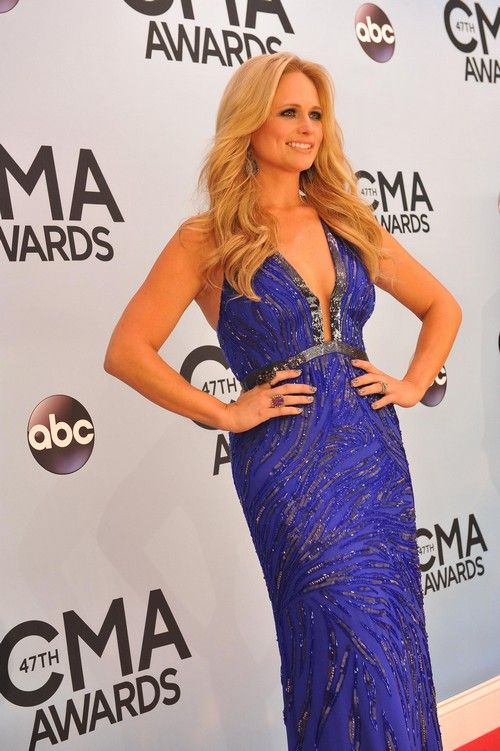 Miranda Lambert Refuses Blake Shelton