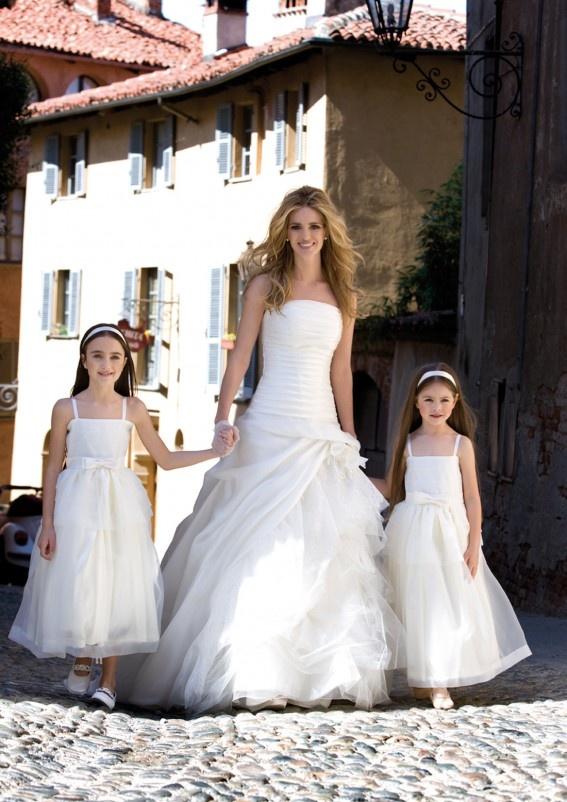 Collezione abiti da sposa #Nicole 2012, abito da #sposa Mecren